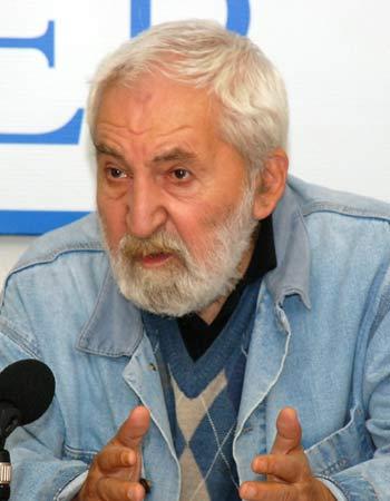 Президент Фонда защиты гласности, кинорежиссер, журналист, правозащитник Алексей Симонов: