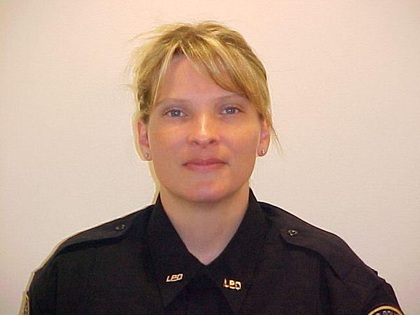 Полицейский Лейквуда Тина Грисуолд (Tina Griswold), которая была убита 29 ноября 2009 наряду с тремя другими Лейквудскими полицейскими. Фото: Stephen Brashear/Getty Images