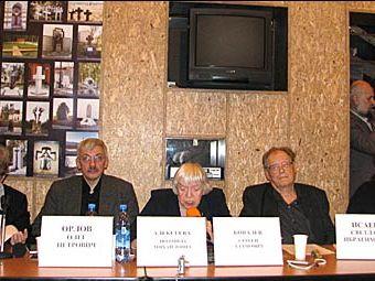Олег Орлов, Людмила Алексеева, Сергей Ковалев. Фото с hro1.org