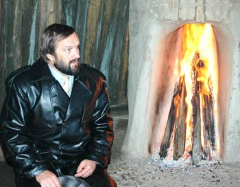 Николай Переяслов в якутской юрте. Фото предоставлено Н. Переясловым