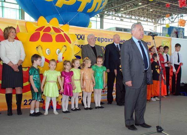 Председатель совета муниципальных образований г. Москвы Том Поподько: