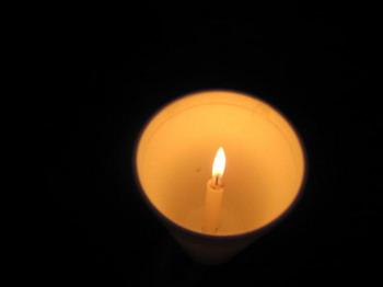 ЖИЗНЬ ПОСЛЕ СМЕРТИ: Когда наше физическое тело умирает, угасая словно свеча, продолжает ли жить душа? Фото: Стефани Лем /Великая Эпоха (The Epoch Times)