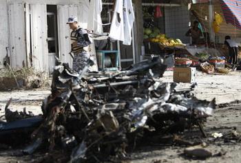 Боевик-смертник подорвал ночью заминированный грузовик в одной из курдских деревень. Фото: AHMAD AL-RUBAYE/AFP/Getty Images
