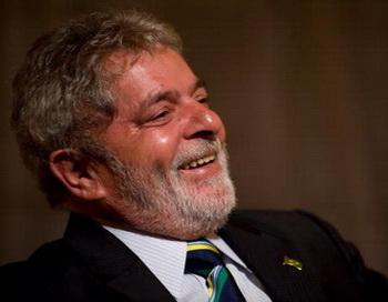 Вместо президента Бразилии выступил двойник. Фото: Leon Neal /AFP /Getty Images