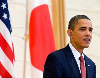 Президент США Барак Обама делает заявление для прессы, посвященное экономике 12 ноября 2009 г. в Белом Доме. Фото: Olivier Douliery-Pool/Getty Images