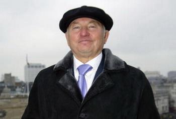 Мэр Лужков хочет лишить Москву снега. Фото: eremy ODonnell/Getty Images