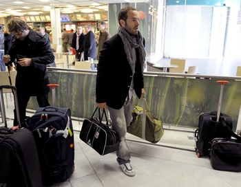 Правительства некоторых стран сохраняют очень высокий уровень иммиграции. Фото: FRANCK FIFE/AFP/Getty Images