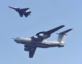 Самолет Ил-76.  Фото: MANPREET ROMANA/AFP/Getty Images