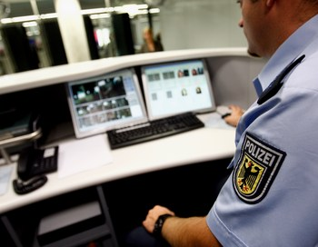 Франция – не первая европейская страна, вводящая автоматическую систему регистрации. Аналогичные системы уже с успехом работают в Португалии, Голландии и Германии. Фото: Alex Grimm/Getty Images