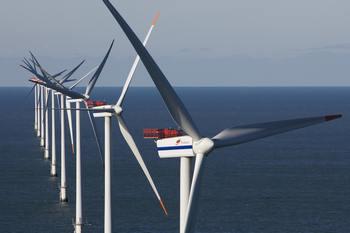 Самая крупная в мире оффшорная ветряная электростанция  Horns Rev II  построеная в Дании. Фото: Jorgen True/AFP/Getty Images