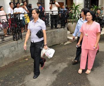 Президент Филиппин Глория Арройо объявила, что открывает президентский дворец