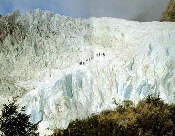 Ледник Тасманский расположен на самой высокой горе в Новой Зеландии – горе Кука. Фото: club.by-svet.com