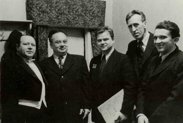 Рахлин, Городинский, Хренников, Моисей Вайнберг. Фото с сайта world.lib.ru