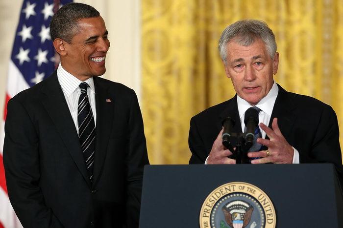 Барак Обама (L) и Чак Хейгел (R). Фото: Mark Wilson/Getty Images