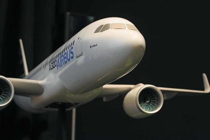 Группа авиакомпаний «Люфтганза» заказывает 100 самолётов семейства А320. Фото: ERIC PIERMONT/AFP/Getty Images