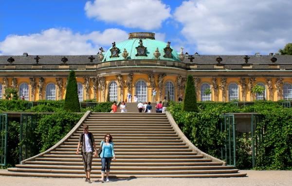 Вид на дворец Сан-Суси. Ступени. Фото: Ирина Рудская/ The Epoch Times
