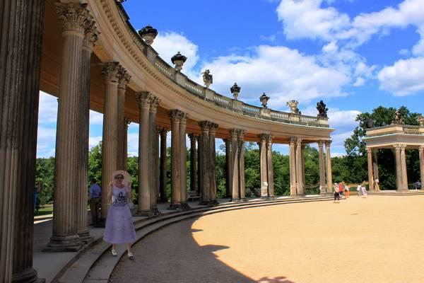 Колоннада дворца. Фото: Ирина Рудская/ The Epoch Times