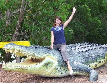 Крокодиловая ферма Хартли. Пластиковый макет самого большого крокодила фермы. Фото предоставлено автором