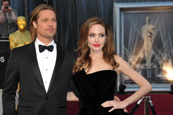 Брэд Питт и Анджелина Джоли. Фото: JOE KLAMAR/AFP/GettyImages