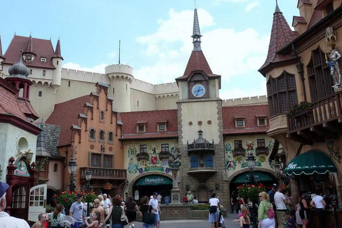 Немецкие туристы в 2012 году потратили денег на поездки больше, чем прежде. Фото с сайта flickr.com