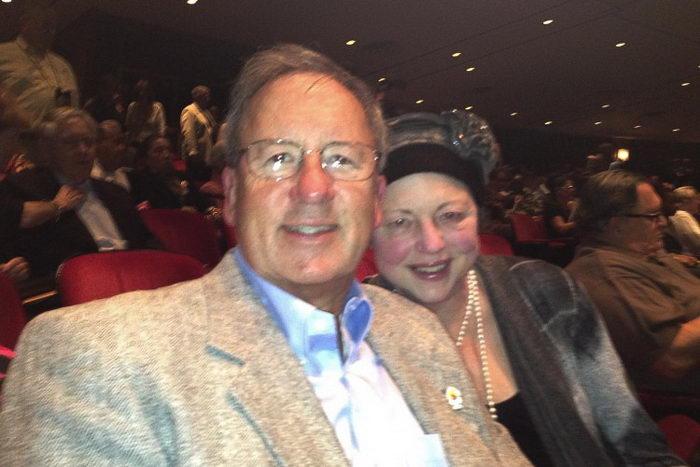 Роберт и Лорена Капельман на представлении труппы Shen Yun Performing Arts в Джексонвилле, Флорида, 31 января. Фото: The Epoch Times