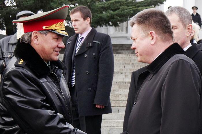 Сергей Шойгу (L). Фото: Vasiliy BATANOV/Getty Images