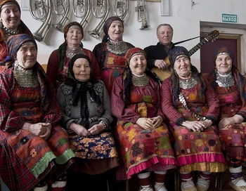 Участницы фольклорного коллектива