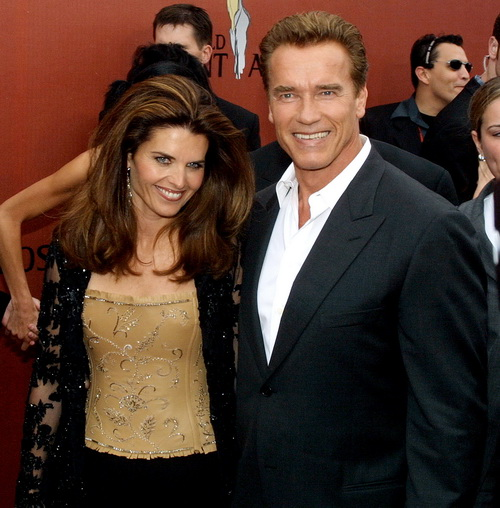 Арнольд Шварценеггер с супругой Марией Шрайвер. 2001 год. Фото:FREDERICK M. BROWN/AFP/Getty Images