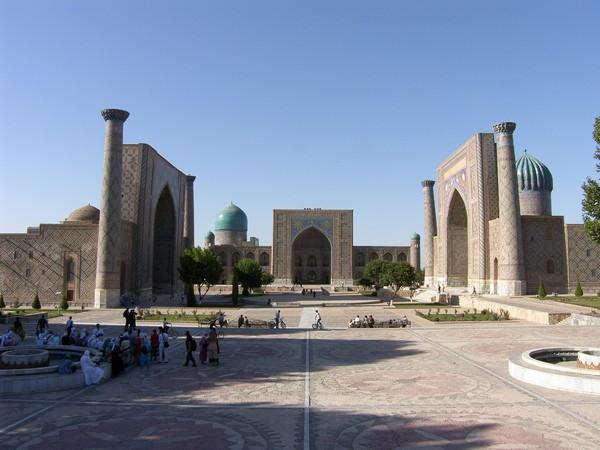 Площадь Регестана в Самарканде. Фото: Реза Пашанк-пура