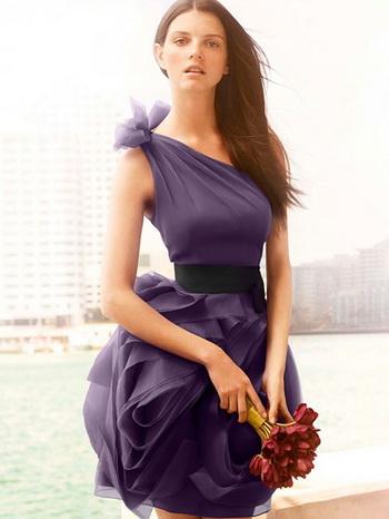 Какое платье надеть в Новый 2014 год? Фото с сайта katyaburg.ru