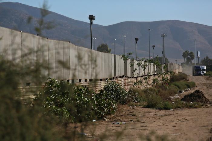 Туннель для контрабанды наркотиков обнаружен на границе США и Мексики. Фот: Sandy Huffaker/Getty Images