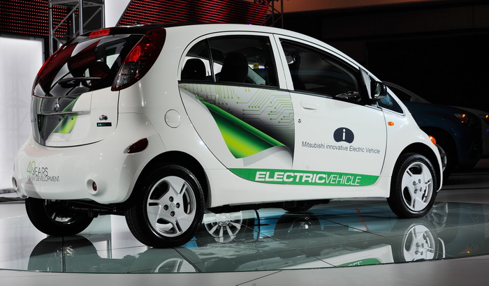 Mitsubishi i-MiEV. Фото: Kevork Djansezian/Getty Images