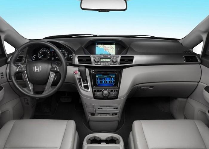 Honda Odyssey Touring 2014. Фото: NetCarShow.com