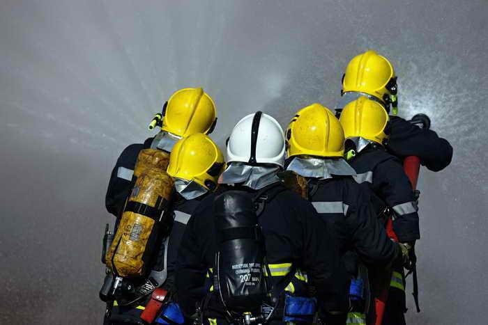 В результате взрыва газа в Германии, произошедшего в  ночь на 28 сентября, пострадали 17 человек, в основном пожарные. Фото: PAUL ELLIS/AFP/Getty Images