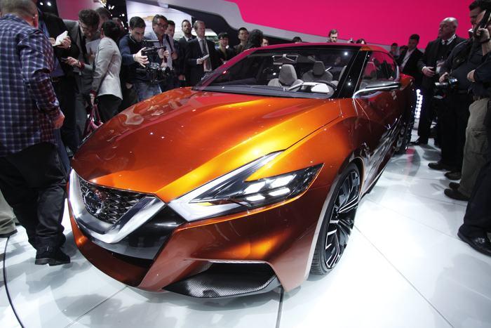 Концепцию спортивного седана Nissan представили среди премьер 2014 года на пресс-показе автосалона в Детройте 13 января. Фото: Bill Pugliano/Getty Images