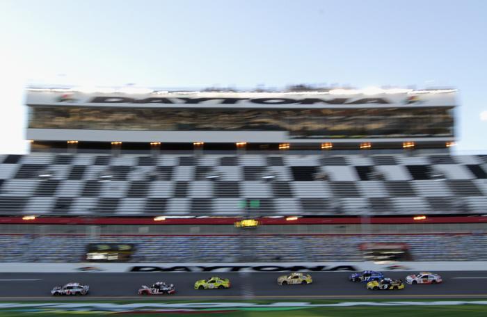 NASCAR Sprint Cup, самая престижная в мире гонка на сток-карах, началась 15 февраля 2014 года на трассе Дайтоны, штат Флорида (США). Фото: Jonathan Ferrey/Getty Images