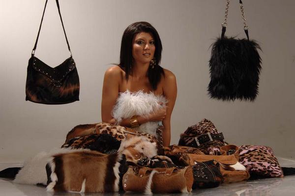 Мода весна 2011. Эксклюзивная одежда и аксессуары от ADAMO Фото: ADAMO