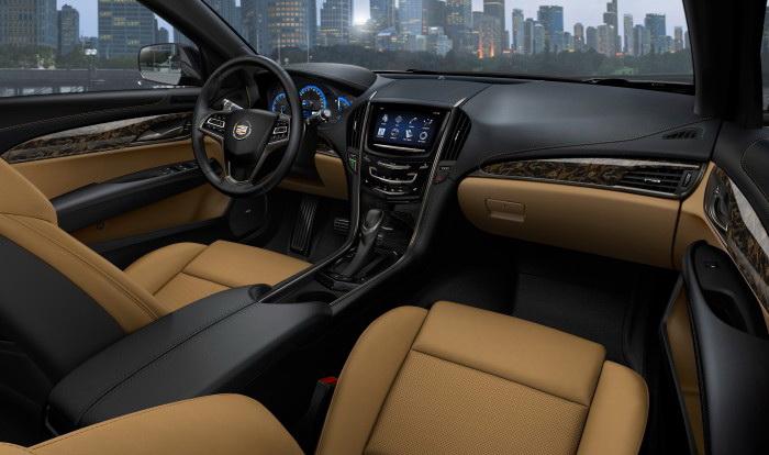 В салоне ATS. Фото: GM/Cadillac