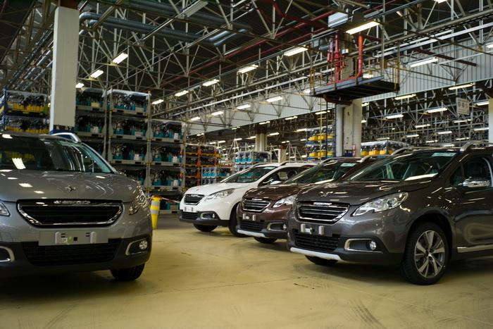 В России стартовали продажи Peugeot 301. Фото: SEBASTIEN BOZON/AFP/Getty Images