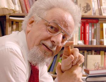 Владимир Шахиджанян,  журналист, психолог, преподаватель, радиоведущий и писатель.  Фото предоставлено Владимиром Шахиджаняном
