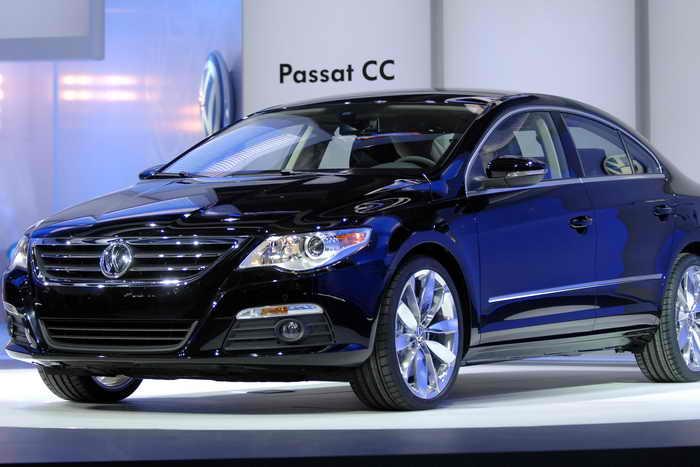 Немецкий автопроизводитель Volkswagen планирует выпустить Passat нового поколения в августе 2014 года. Фото: Bryan Mitchell/Getty Images