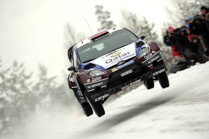 Сергей Новиков со штурманом на «Форде» в Швеции. Massimo Bettiol/Getty Images