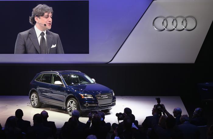 Презентация Audi автомобиля SQ5 SUV на Североамериканском автосалоне в Детройте, 14 января 2013 года. Фото: Bill Pugliano/Getty Images