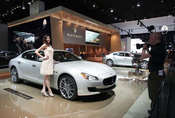 Выставка Maserati на Североамериканском автосалоне в Детройте, 15 января 2013 года. Фото: Bill Pugliano/Getty Images