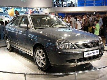 Двухтопливная Lada Priora. Фото с motorpage.ru