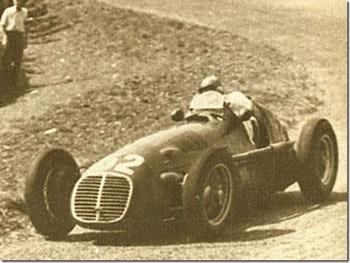Старейшему гонщику Формулы-1 - сто лет Пауль Пич, старейший гонщик. Фото с todayautonews.ru