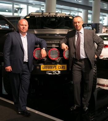 Дебют машины марки Devolro на выставке Top Marques Monaco. Эдуард Орлов и Грегорий Брудный. Фото от компании Devolro.
