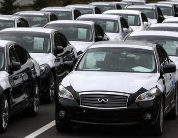 Самым большим спросом на  российском рынке пользуются подержанные  «японки». Фото: Junko Kimura/Getty Images