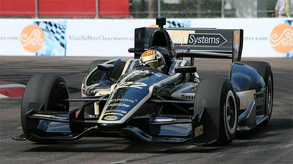 Ориол Сервиа из команды Dreyer & Reinbold Dallara будет выступать в Сан-Паулу под №22 на автомобиле с двигателем Lotus, но для остальной части сезона потребуется новый мотор. Фото: Джеймс Фиш/Великая Эпоха