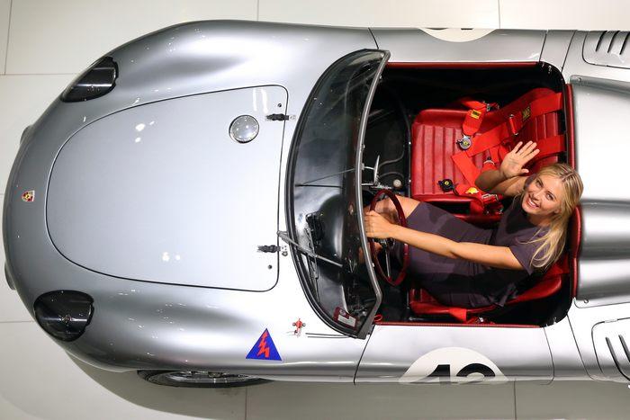 Концерн Porsche и Мария Шарапова сообщили о сотрудничестве на ближайшие три года 22 апреля в немецком городе Штутгарте. Фото: Alexander Hassenstein/Bongarts/Getty Images